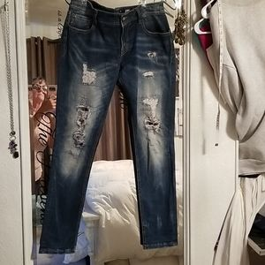 Super cute Miss Me skinny jeans